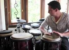 Se busca profesor percusión