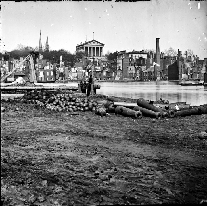 richmond-burned_district_from_the_canal-1965