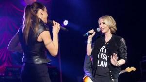 """Melanie C (Spice Girls) e Natalie Appleton (All Saints). Antes """"rivais"""", agora amigas"""