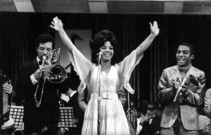 Brasil, São Paulo, SP, 10/12/1969. Elza Soares durante o IV Festival de Musica Popular Brasileira. TV Record. Pasta: 41491 - Crédito:ARQUIVO/ESTADÃO CONTEÚDO/AE/Codigo imagem:10484