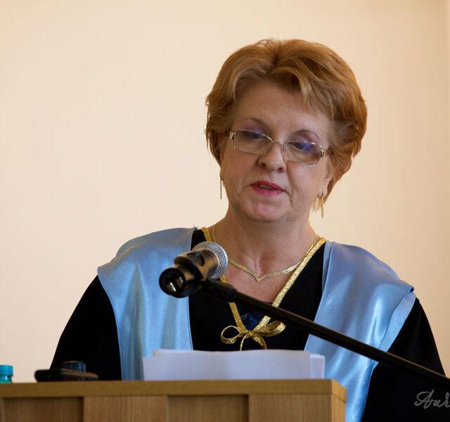 Leontina-Vaduva-Dr-Honoris-Causa_2016_14