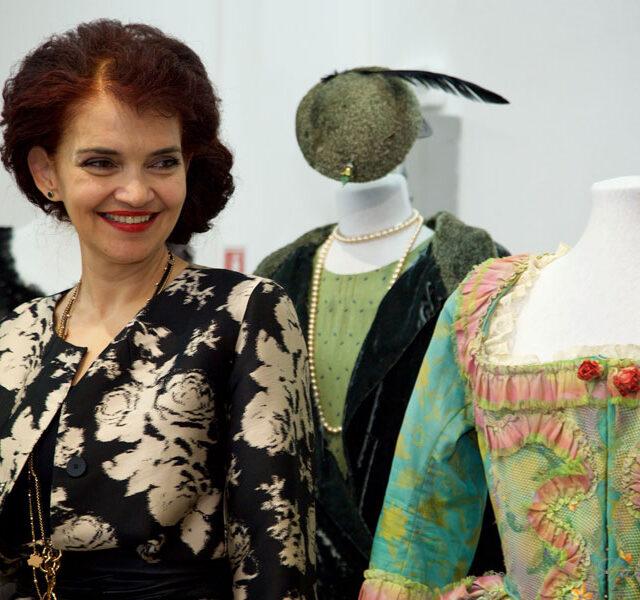Leontina-Vaduva-Expo-Costume-Creart_56