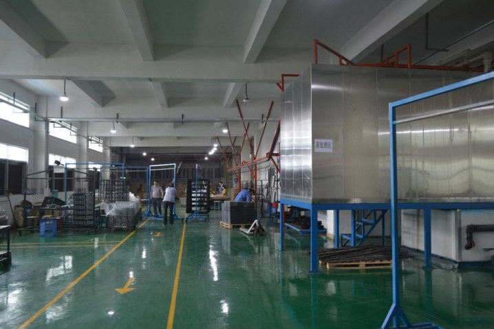 Penn Elcom línea de cobertura en China