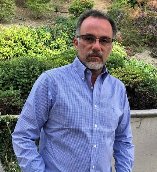 Antonio Zacarias Bose Profesional