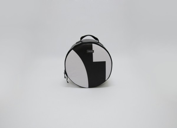 front view of snare drum bag from handcrafted drum set bag by music bags.crea-re.com