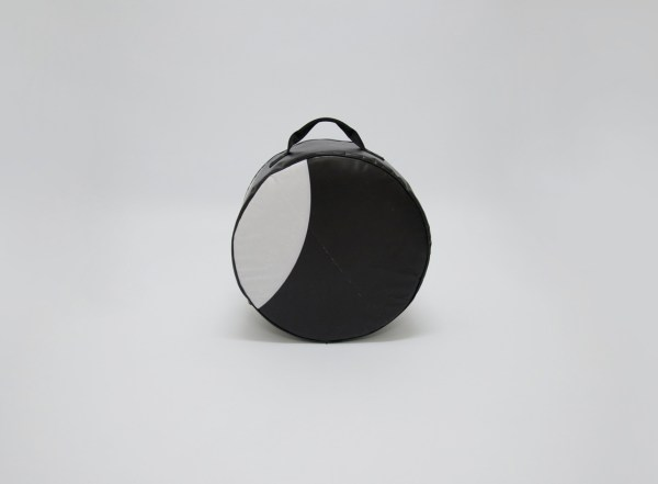 back view of snare drum bag from handcrafted drum set bag by music bags.crea-re.com