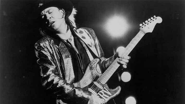 """Stevie Ray Vaughan Guitar Story : """"Lenny"""" Fender Stratocaster"""