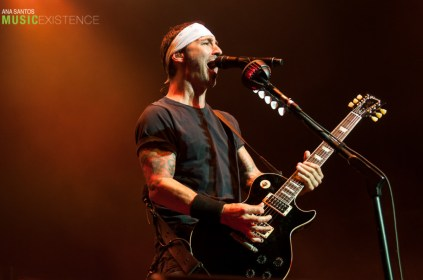 Godsmack - ME-18