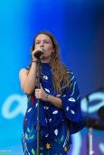Maggie-Rogers-11