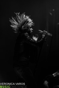 Underoath-Veronica-Varos-Pittsburgh-2018-ME-17