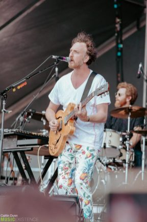 Guster-11