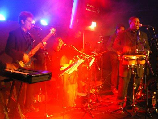 Cache Salsa - Salsa Bands London