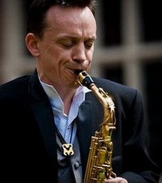 Paul - Solo Pop & Jazz Saxophonist