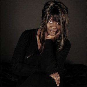Deborah - Solo Vocalist Pianist