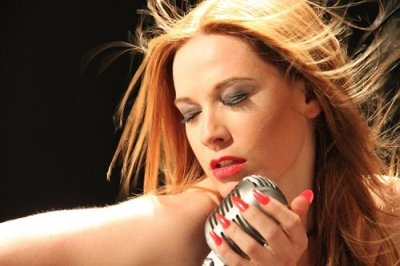 Sarah – Solo Cover Act