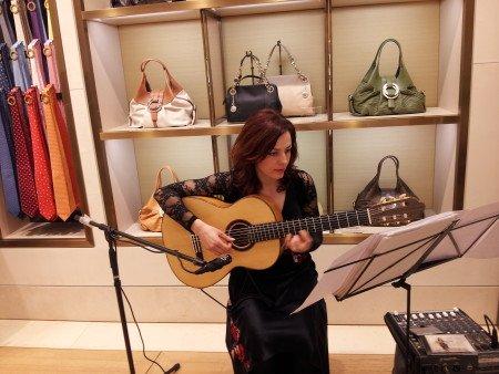 classical-guitarist-london
