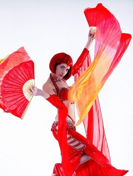 shania-belly-dancer