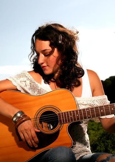 solo female singer and guitarist london