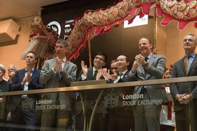 dragon-dance-for-hire-london