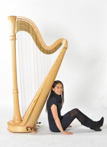 melissa-london-classical-harpist