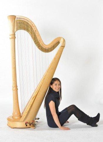 melissa-london-classical-harpist