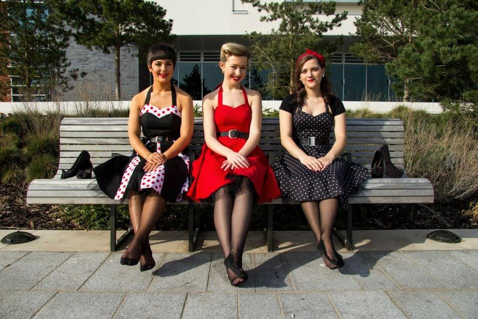 Book a 50's Style Female Trio in London - Music for London