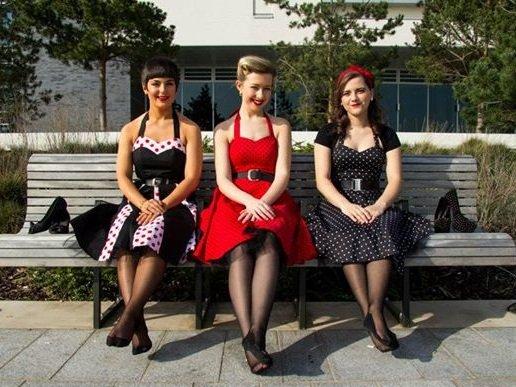 Novasis - 50's Style Female Trio
