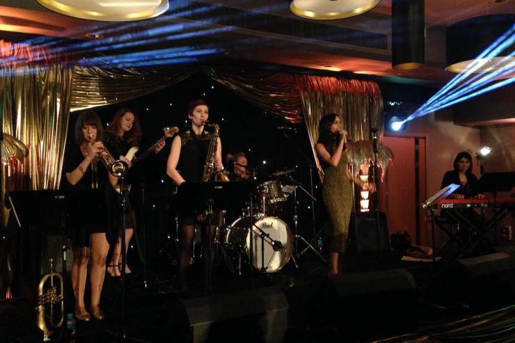 Quintet-All-Girls-Jazz-Swing-Band7