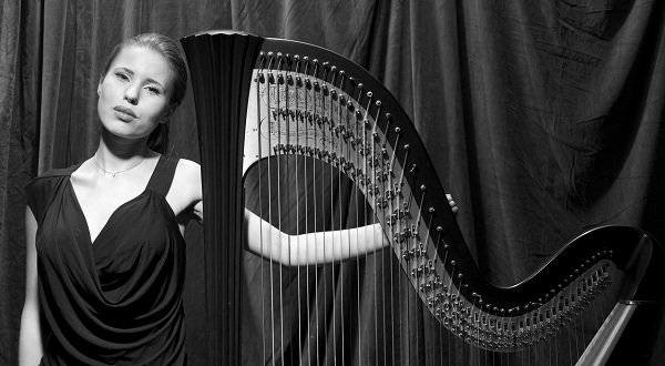 lilia-solo-harpist-london