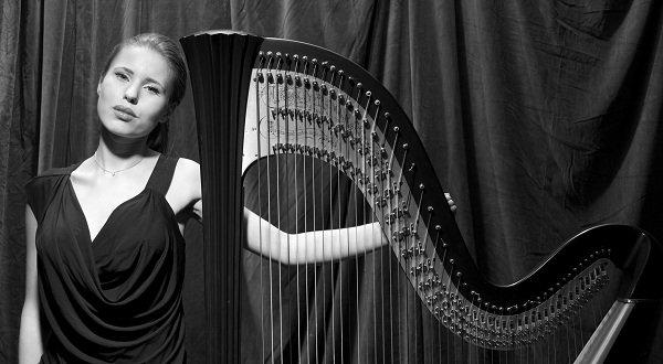 lilia-solo-harpist-london