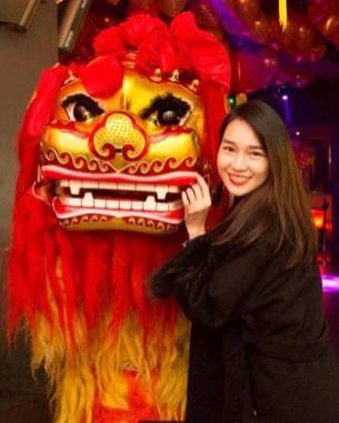 Chinese Lion & Beautiful Girl