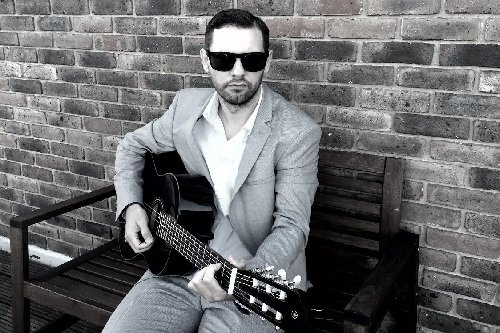 Book A Solo Singer & Acoustic Guitarist In London - Music for London