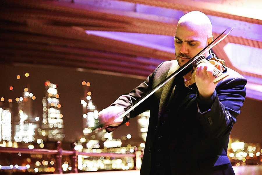 Book A Solo Contemporary Electro Violinist in London - Music for London