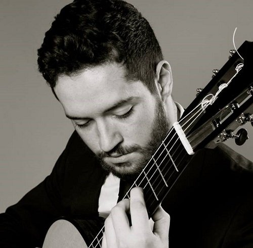 Book A Solo Classical Guitarist in London - Music for London