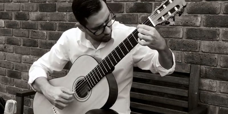 Solo Classical Guitarist in London - Music for London