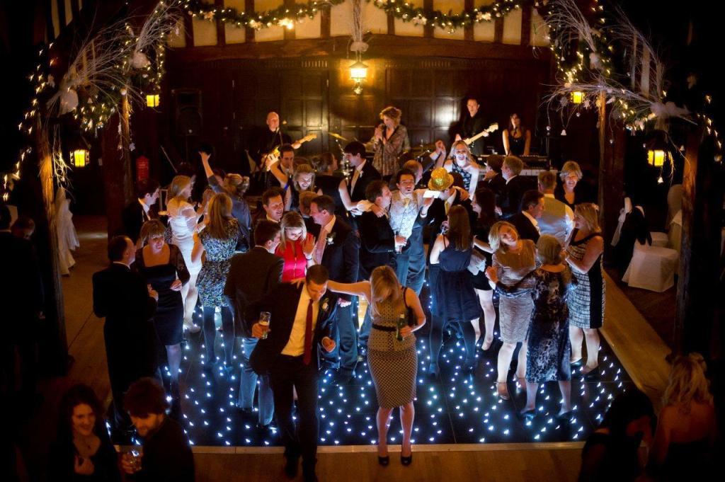 Irish wedding band