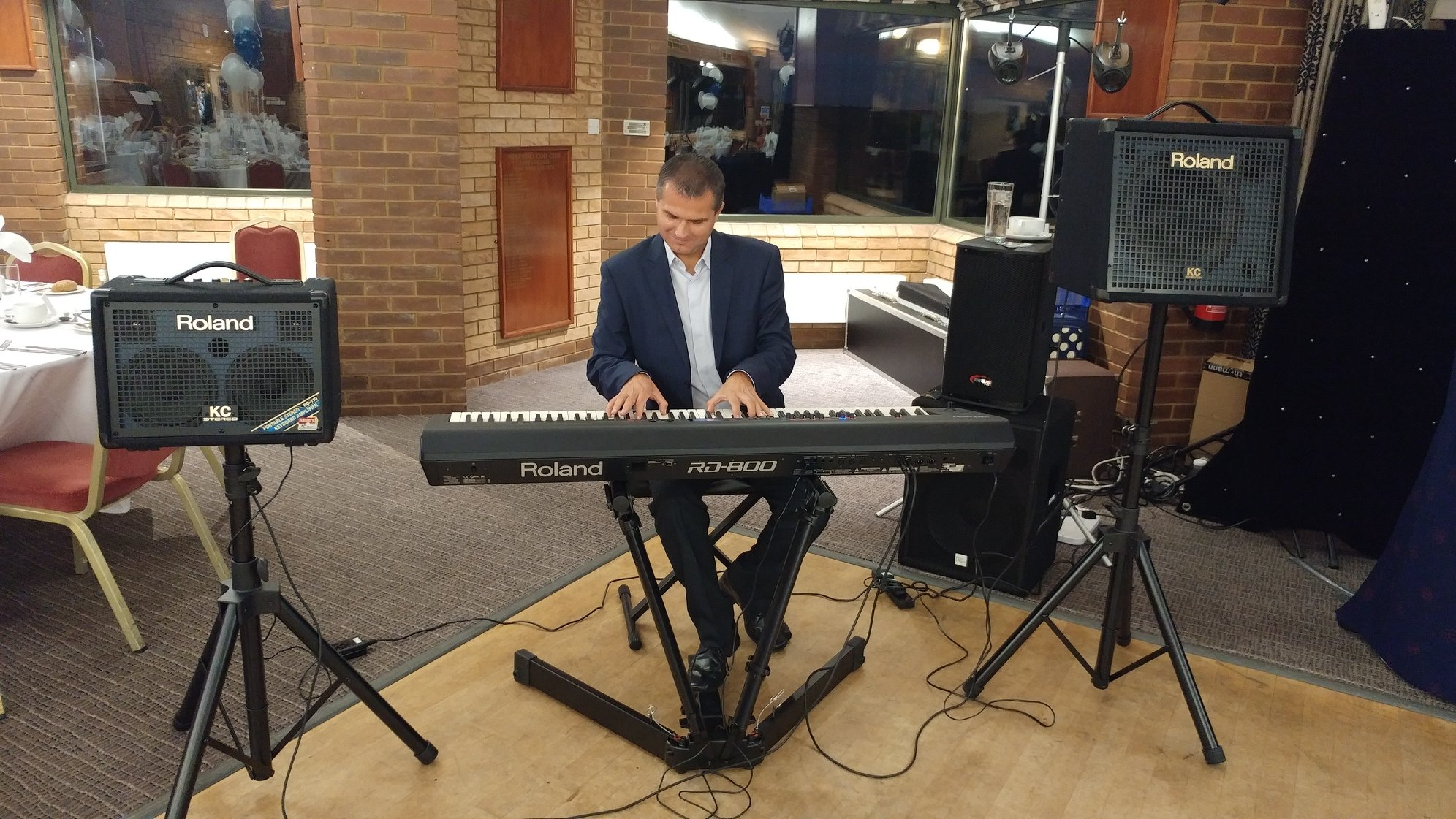 Book Pianist for Weddings and Parties