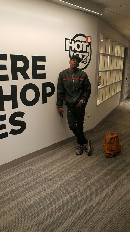 """MHBOX TRAP AND RAP INTERVIEWS AND FREESTYLES  OF 2020: Fresh from appearances on Hot 97 and HipHopSince 1987, 'Texas P' continues his assault on the rap world with new single 'Lifestyle"""" ft. Nakuu' to be followed by new album 'Just The Beginning'"""