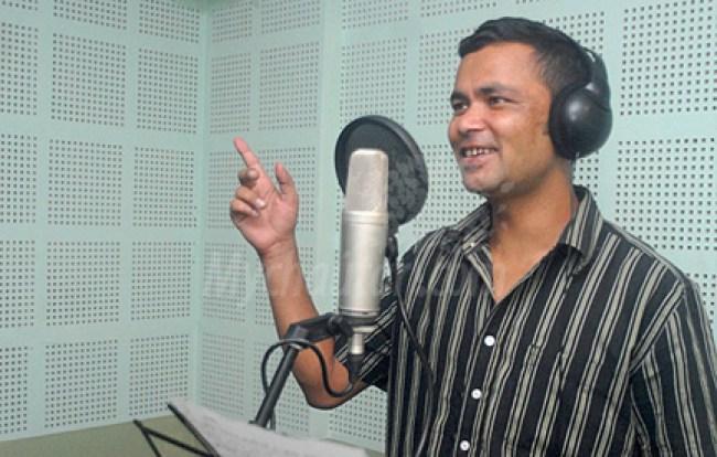 raju pariyarl folk singer