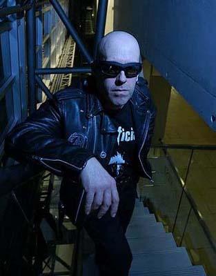 Tony Dolan bass Venom