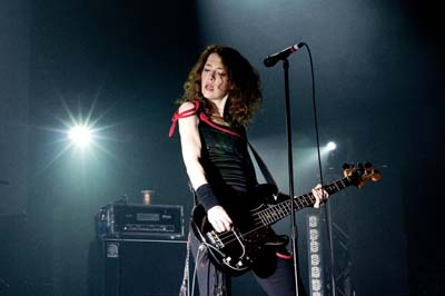Melissa Auf der Maur Interview | Bassist talks Hole and Touring (December 2009)