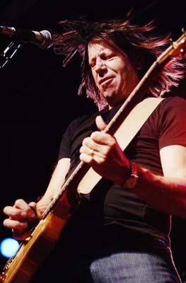 Pat Travers guitar