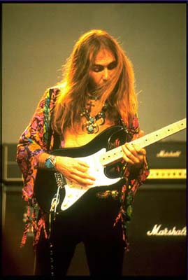 Uli Jon Roth | Talks Microphone Techniques (2010 Interviews)