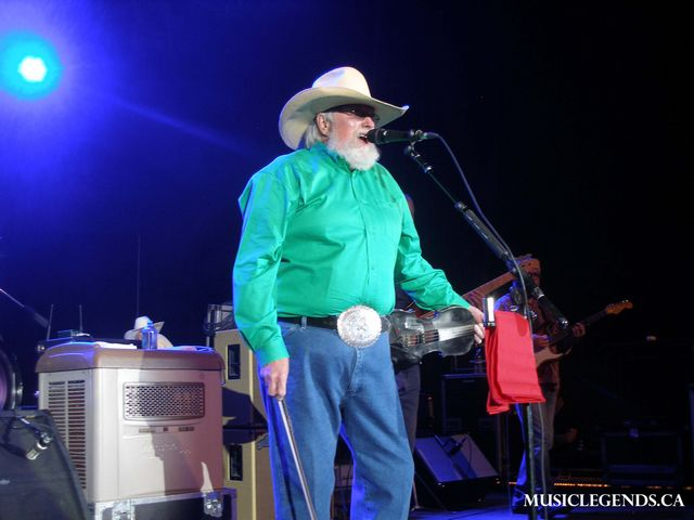 charlie daniels band halifax forum green shirt and fiddle