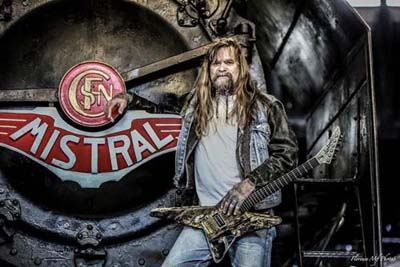 Guitarist Chris Holmes Interview