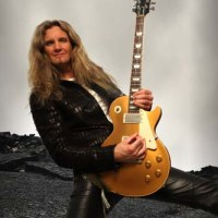 Joel Hoekstra Interview (Whitesnake)