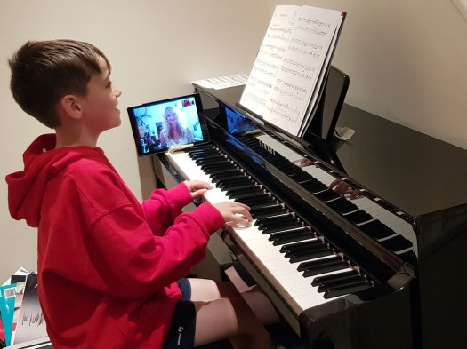 Skype Piano Lessons & Skype Music Lessons Online - Try a ...