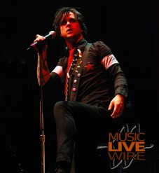 Green Day Live In Raleigh, NC - RBC Center (8/24/05)
