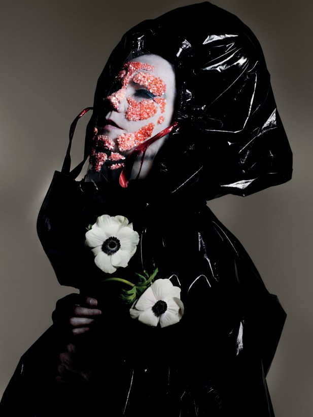Björk announces additional London show at Hammersmith Eventim Apollo