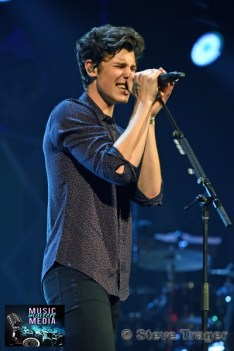 December 10, 2018 Shawn Mendes performs on stage as part of Hot 99.5's Jingle Ball 2018 Presented By Capital One at Capital One Arena on December 10, 2018 in Washington, DC (Photo By: Steve Trager/ The Photo Access )